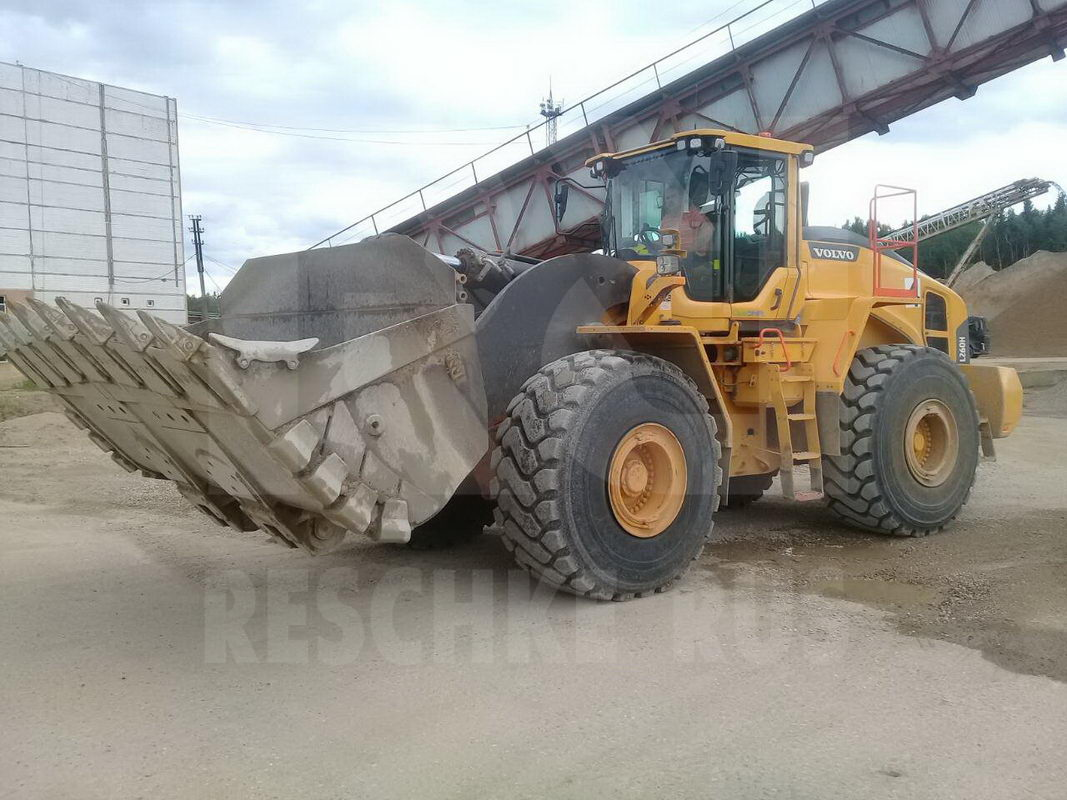 VOLVO L 260 H - inspection after 2500 hours - Фотография 4