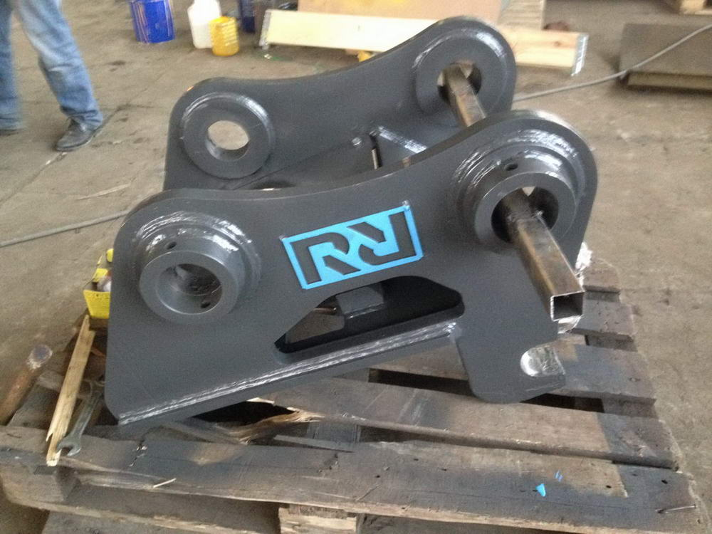 Hydraulic Quick Hitch Couplers - Photo 4